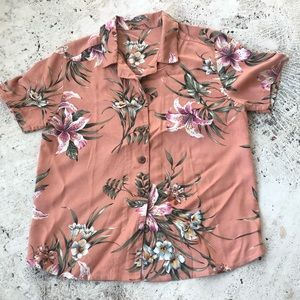 Lovely Vintage Style Rose Colored Hawaiian Shirt
